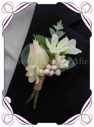Gents / groomsmen wedding button mens flower boutonniere. Protea button