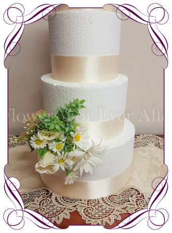 silk artificial rustic daisy floral cake decoration / topper