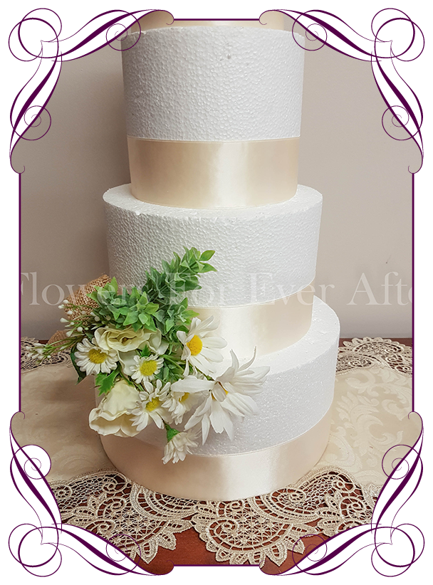 Daisy Floral Cake Decoration